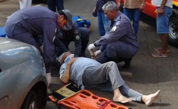 Idoso de 74 anos é atropelado no Centro de Ituiutaba