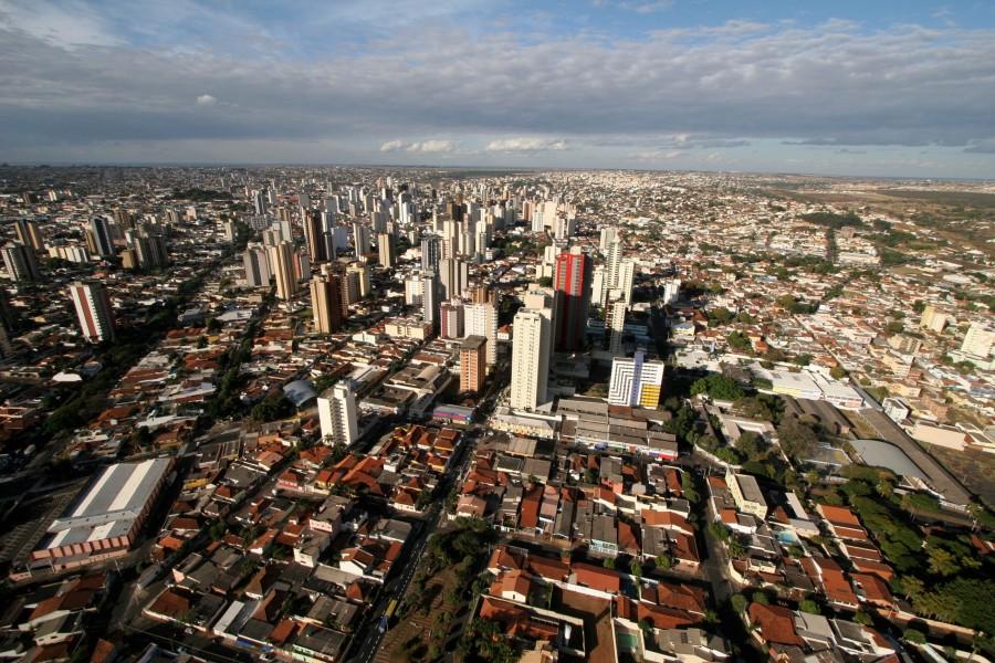 Prefeitura de Uberlândia anuncia concurso público para 775 vagas