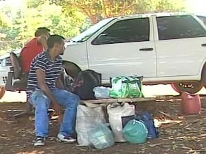 Situação dos funcionários da usina são precárias (Foto: Reprodução/TV Integração)