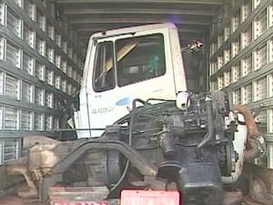 Quatro veículos foram encontrados no local | Foto: Marcelo Honorato - repórter TV Integração