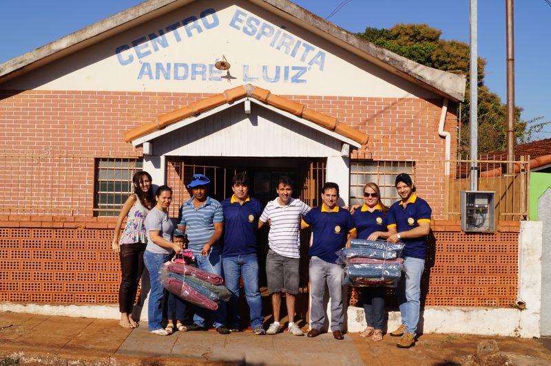 Equipe de rotarianos e do Centro Espírita André Luiz
