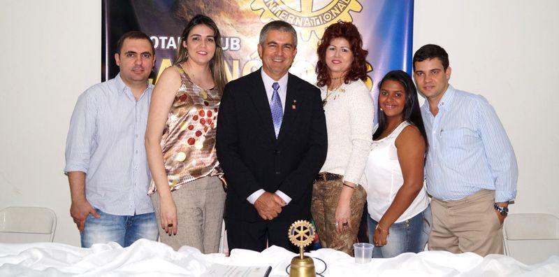 (Esq) Fábio, Adreza, Miguel, Conceição e Franciele