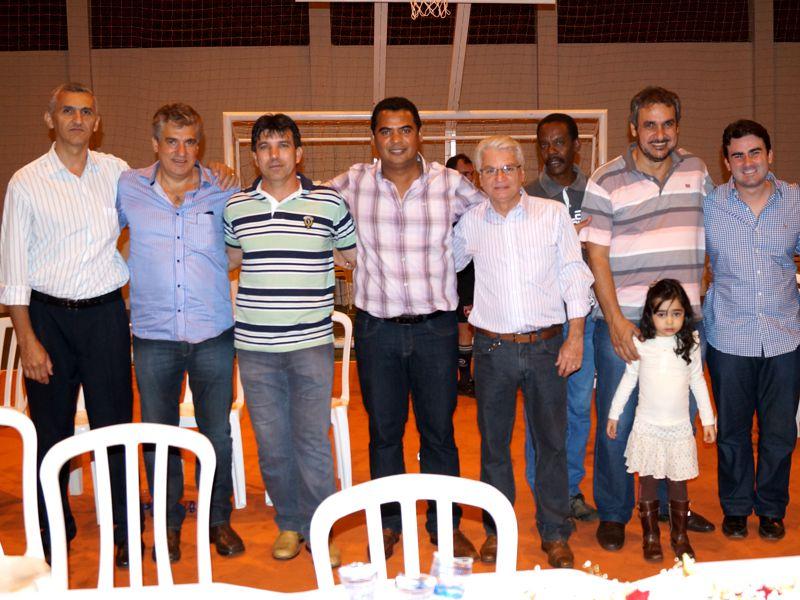 Vereadores juntamente com o deputado estadual Zé Maia e o vice-prefeito Jorginho