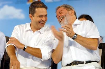 Eduardo Campos (esq) e o ex-presidente Lula