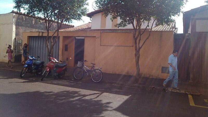 Endereço provisório do PSF Augusto Alves Garcia /  PSF do bairro Paraíso