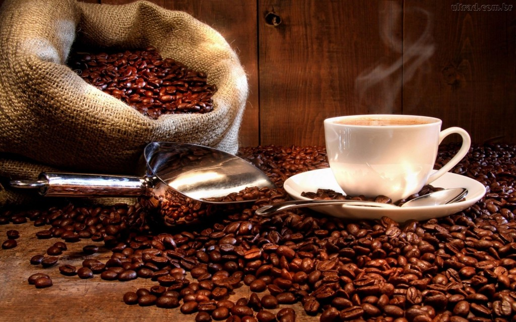 O café é um dos vilões que envelhecem a pele