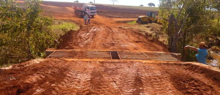 Recuperação de Pontes e Estradas Rurais recebe elogios do setor produtivo