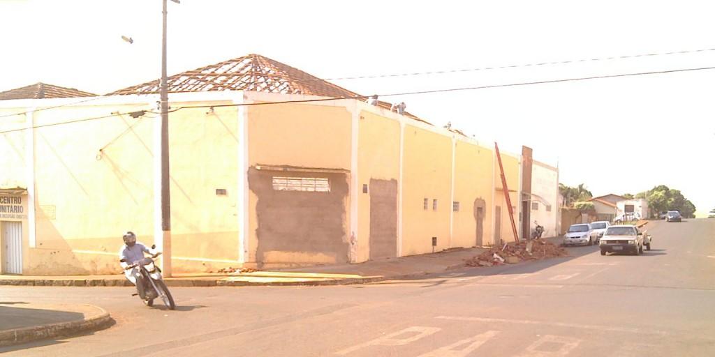 Prefeitura faz reforma em prédio para implantar a UAITEC