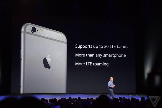 Os novos iPhones tem câmera iSight de 8 megapixels, flash True Tone, e abertura do sensor de f/2.2
