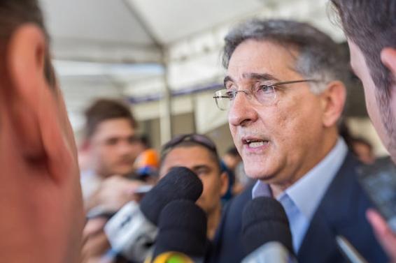 PIMENTEL REAFIRMA COMPROMISSO COM GASODUTO DO TRIÂNGULO
