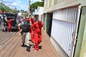 Dois empresários e um técnico de segurança chegam à delegacia em Ituiutaba / pontalemfoco.com.br