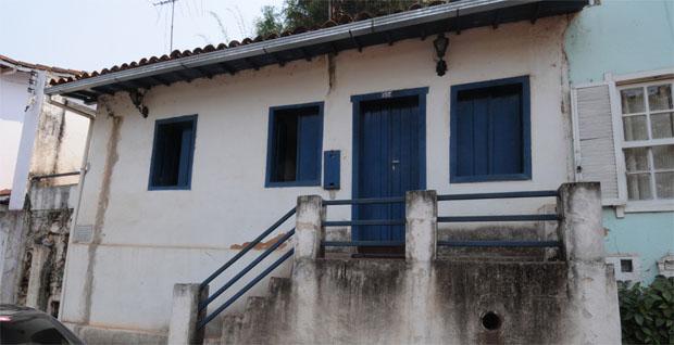 Recuperada há seis anos, a Casa do Aleijadinho de Sabará volta a exibir marcas do tempo. Desta vez, prefeitura informa não ter verba