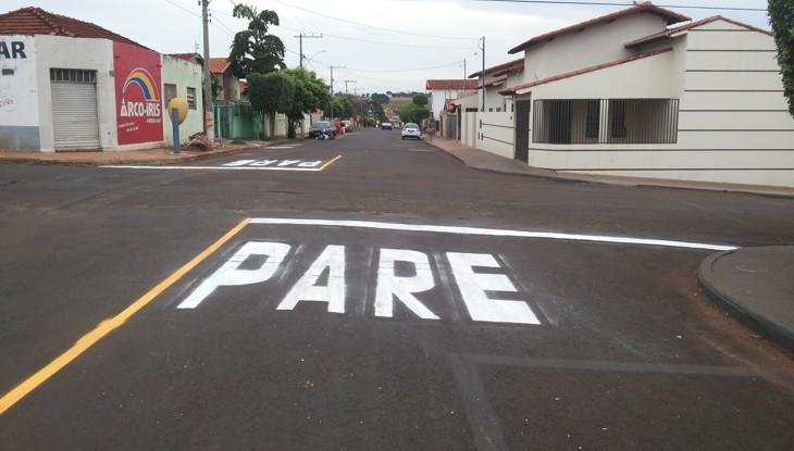 Sinalização na avenida 107 com rua 104 / Foto: Paulo Braga