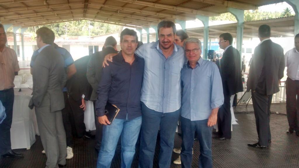 (direita) Mário Flabes, Jorginho e Cleidimar Zanotto
