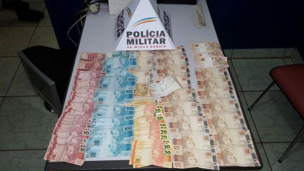 Criminoso levou cerca de R$ 3.400,00 de uma farmácia no centro de Capinópolis