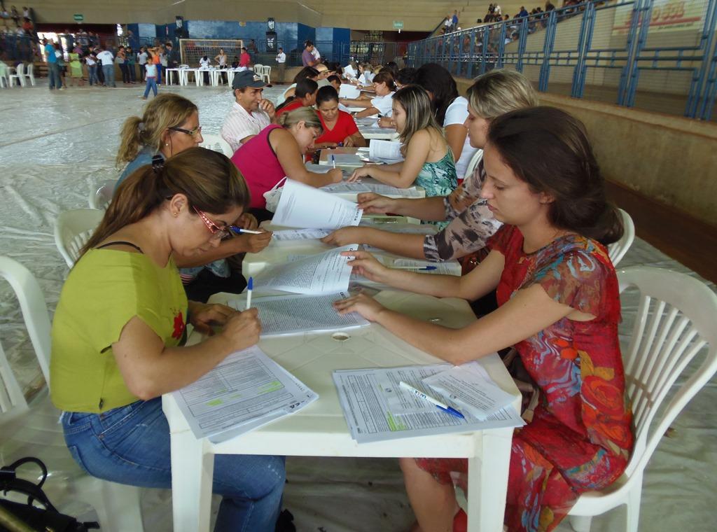 Contemplados do Residencial Gilca Vilela que não assinaram contratos devem comparecer no Ginásio Romão na próxima quinta-feira