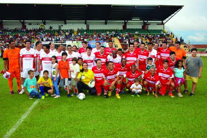 Participantes do Futebol Solidário 2013