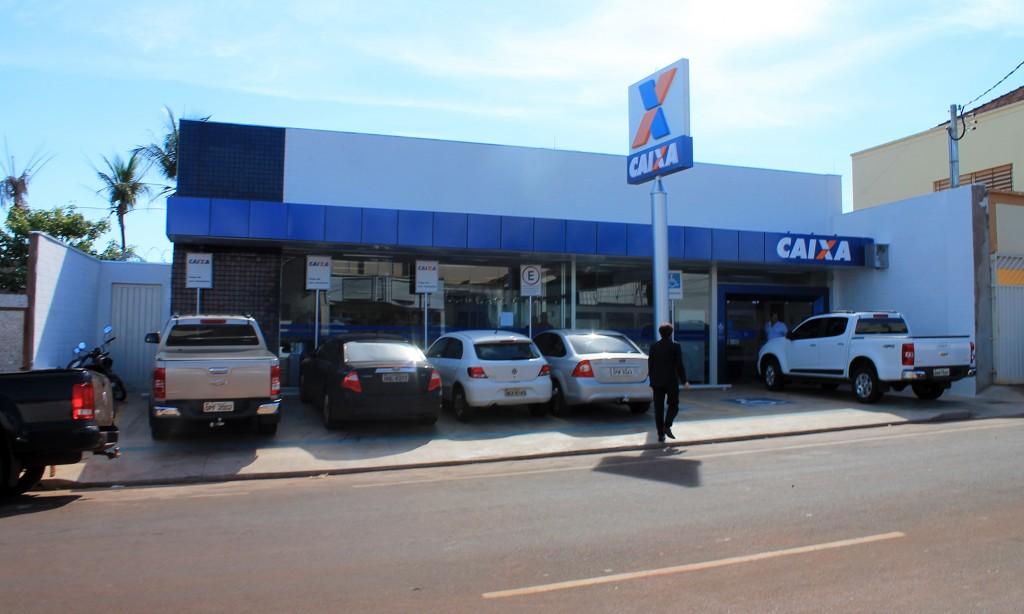 Inaugurada a nova agência da CEF em Ituiutaba