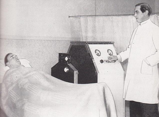 O médico Carl Vaernet fugiu para a Argentina após tentar buscar cura gay em campos nazistas