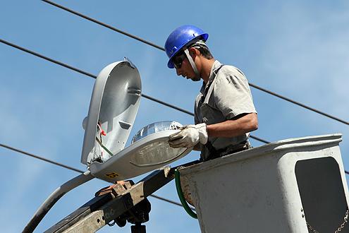 Municípios já estão efetuando a manutenção da iluminação pública