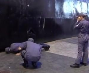 Jovem dormiu e ficou preso em boate / reprodução: Tv Vitoriosa