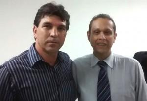 (Esq) Cleidimar Zanotto e o juiz Mauro Baldini