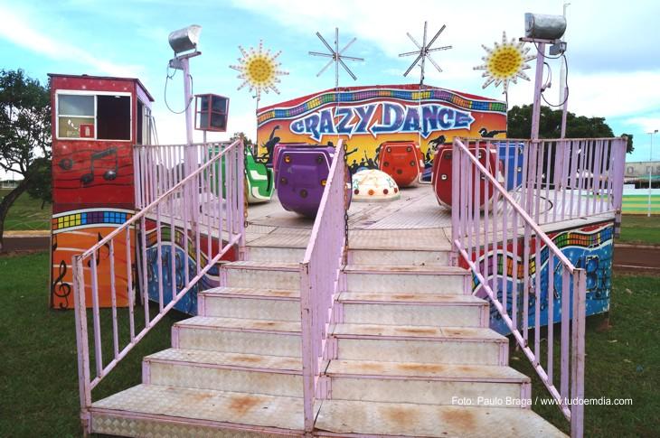 Parque de diversões deve  fazer a alegria das crianças