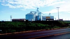 Safra agrícola sem problemas com armazenagem em Capinópolis