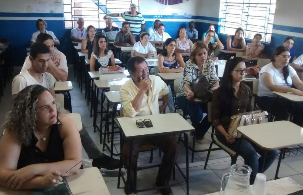 Servidores da Prefeitura discutem problemas da Gestão Pública