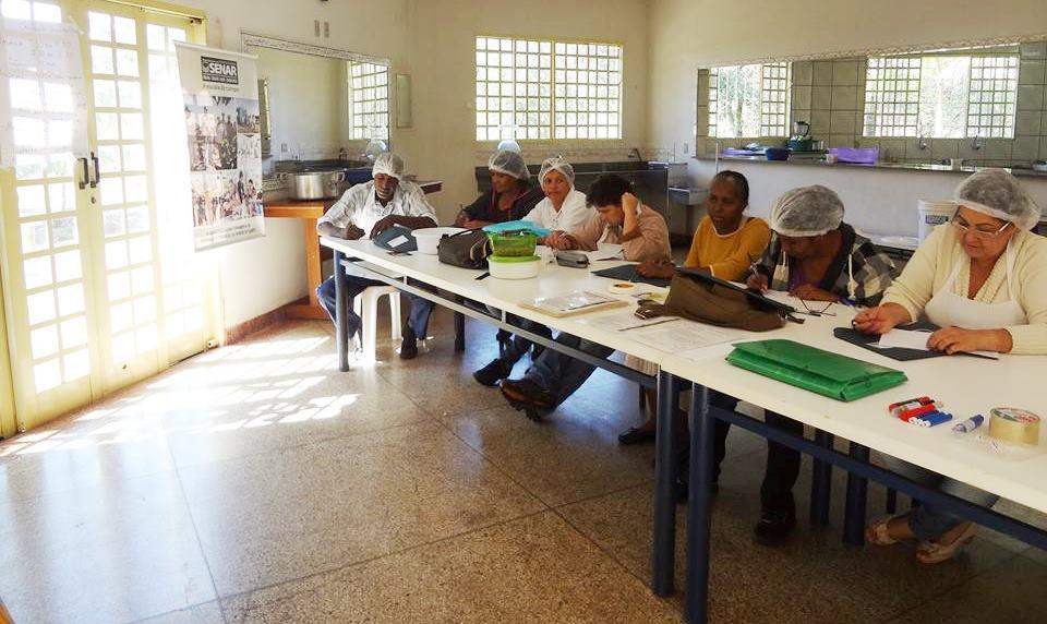 Pasteurização de leite é tema de curso em Ituiutaba