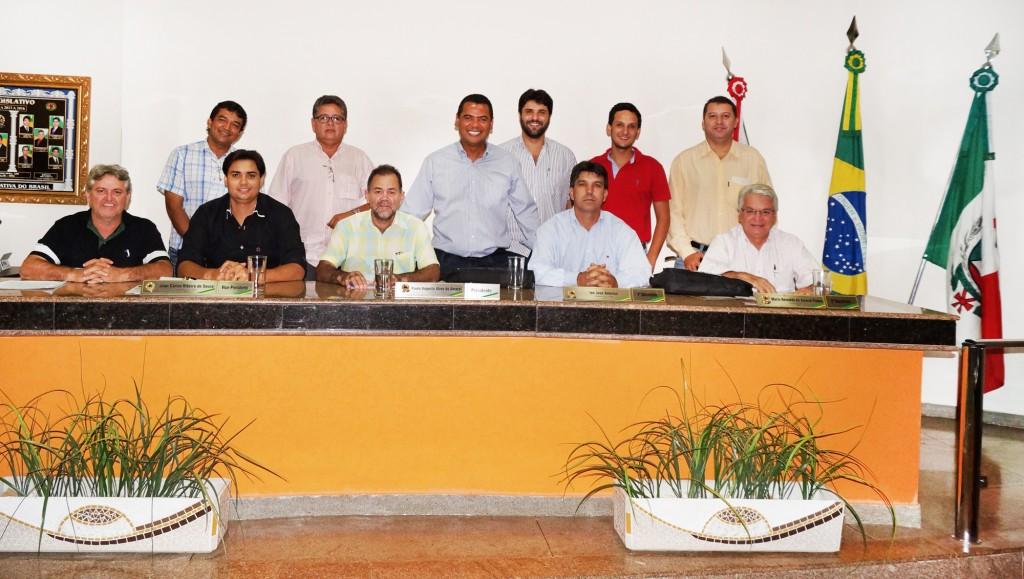 Vereadores no plenário da Câmara Municipal de Capinópolis