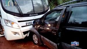 O acidente aconteceu numa estrada vicinal cerca de 40 KMs de Uberlândia
