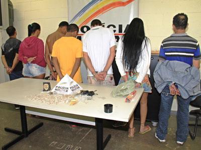 Operação antidrogas detém sete acusados de tráfico no Mercês