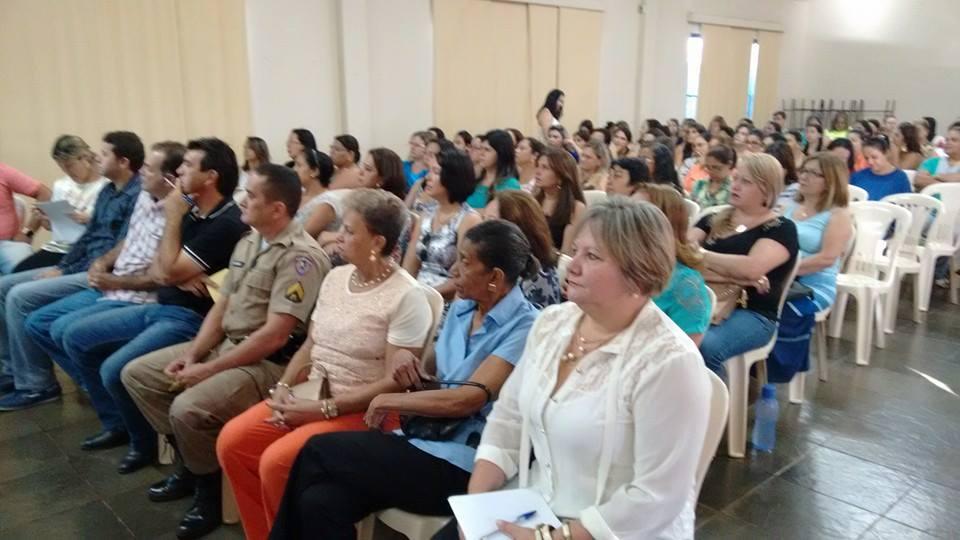 Realizada audiência pública do Plano Municipal de Educação em Capinópolis