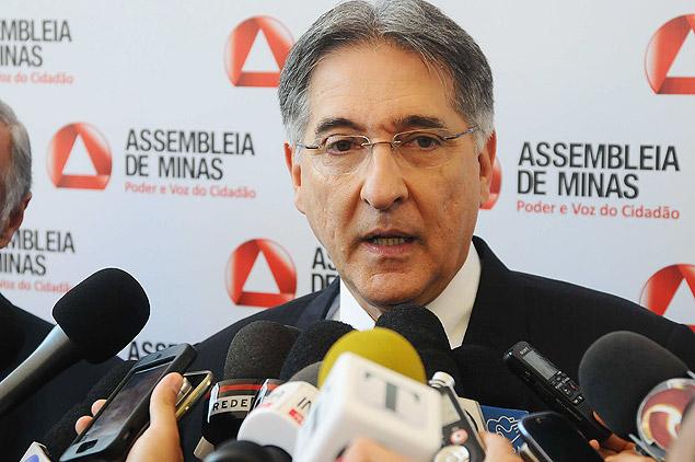 O governador Fernando Pimentel (PT) exibirá auditoria sobre gestões tucanas em Minas / Henrique Chendes