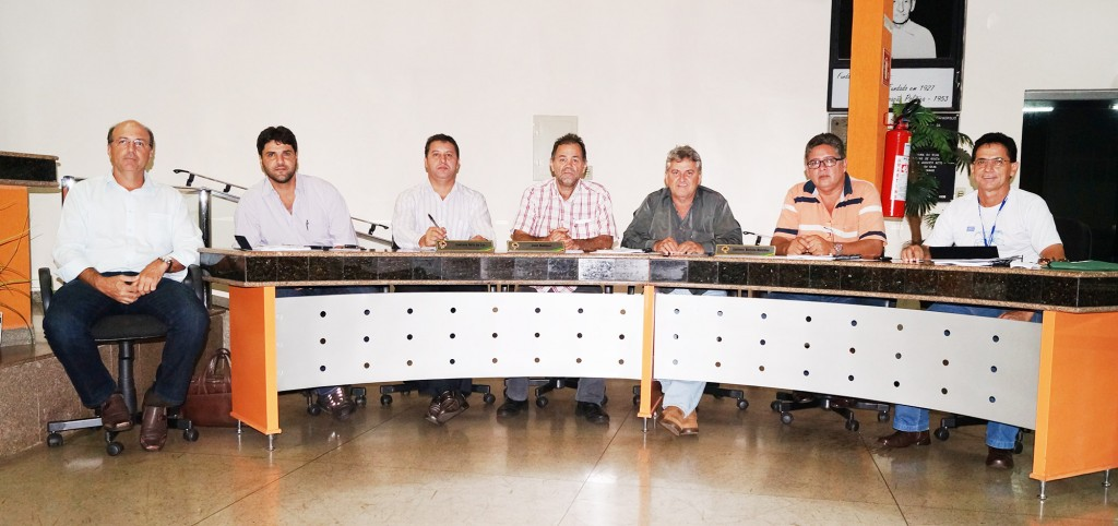 (Esq) Francico Fraietta, João Makhoul, Caetano Neto, Paulo Amaral, Cabral, José Valdemar e Edivaldo Salgado Diniz
