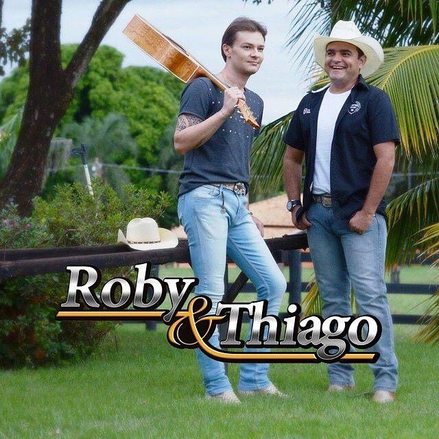 Dupla Roby e Thiago já preparam disco com canções inéditas