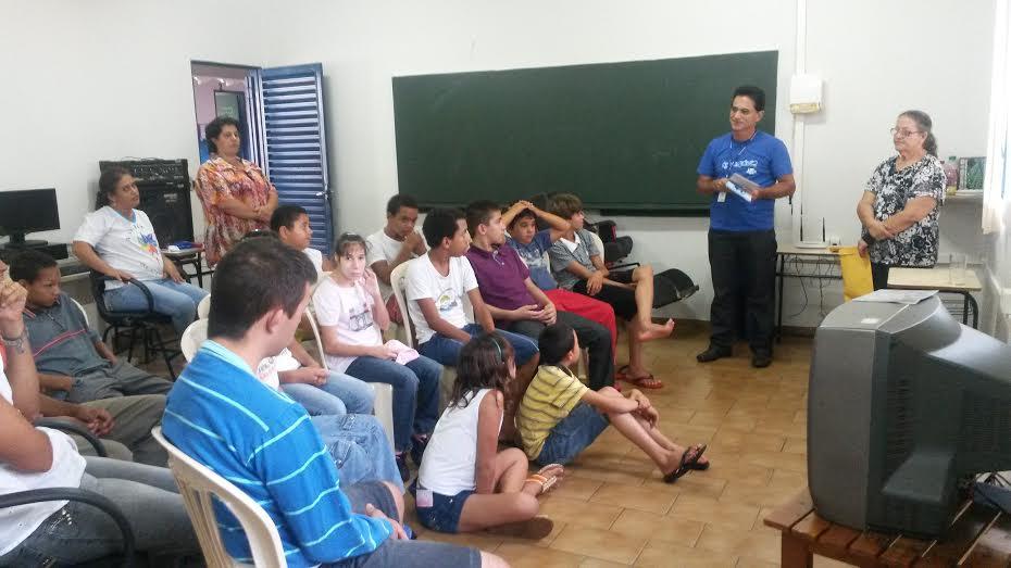 Ensino Especial trabalha projeto sobre a água