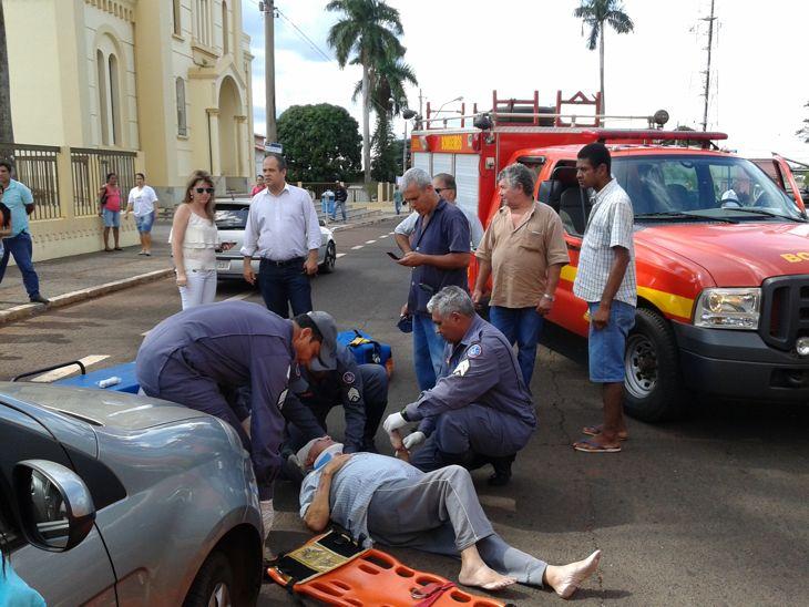 Idoso de 74 anos atropelado no centro de Ituiutaba