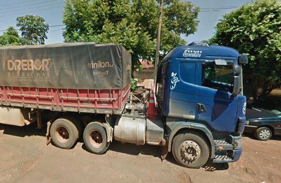 Alguns caminhoneiros causam transtornos à moradores da localidade