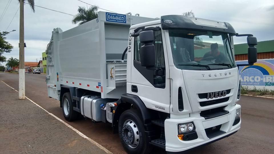 Município recebeu caminhão na tarde da última quarta-feira (13)
