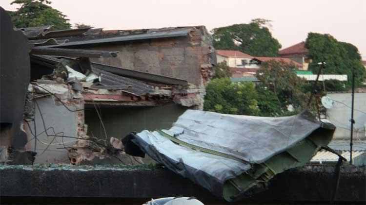destroços do avião que caiu em Belo Horizonte
