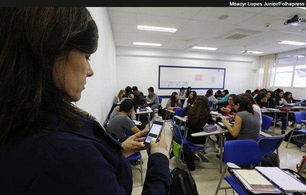 Banir celular pode melhorar notas na escola, diz estudo / reprodução