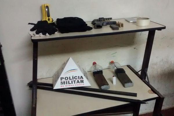 Suspeitos de explosões de caixa trocam tiros com PM em bloqueio