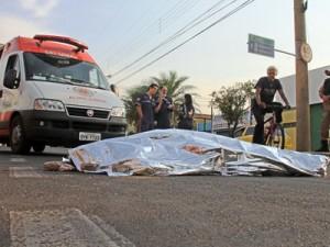 Homem assassinado a facadas ao tentar assaltar motociclista