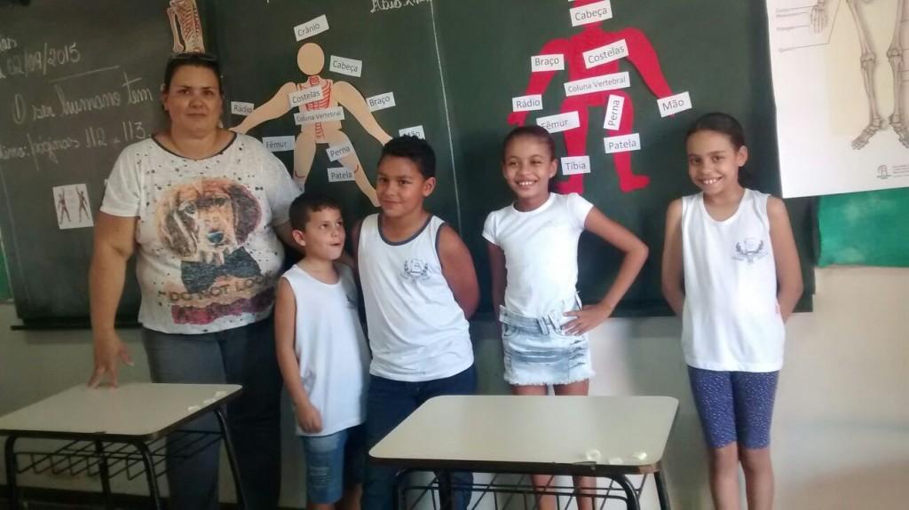 Corpo Humano é tema de trabalho escolar em Capinópolis