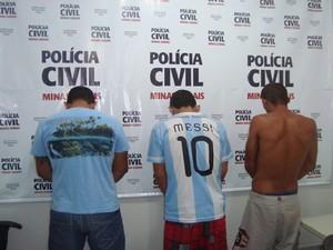 Trio foi preso por tráfico, assaltos e roubos (Foto: Polícia Civil/Divulgação)