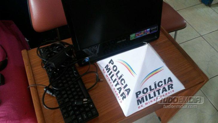 Computador levado pelos menores foi recuperado / Foto: Polícia Militar