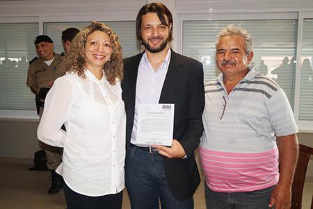 (Esq) Marina Braga, Paulo Braga e Divino Oliveira / Foto: Lívia Reis
