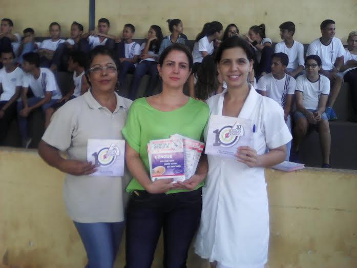 PSF Semíramis mobiliza combate ao Aedes no Colégio
